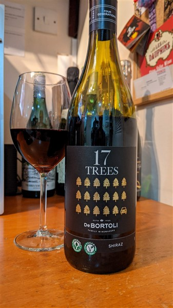 17 Trees Shiraz
